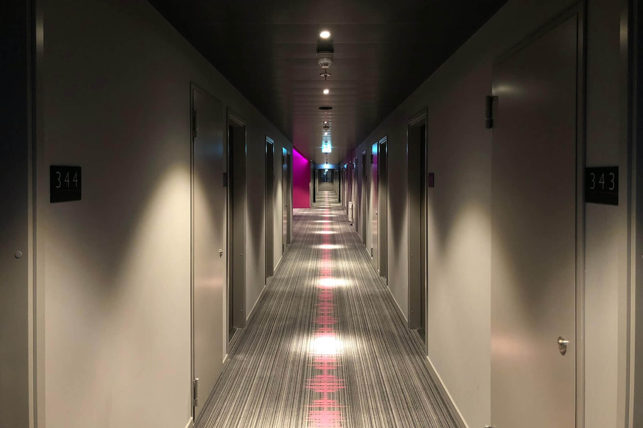 commercial floor cleaning company hotels